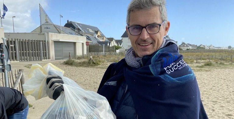 EXPLORE collecte des déchets sur la plage